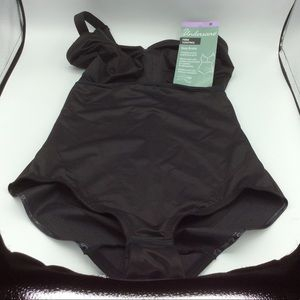 NWT Firm Control Body Briefer size 38